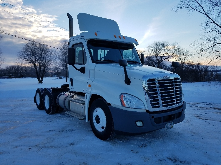 Day Cab Tractor-Heavy Duty Tractors-Freightliner-2012-Cascadia 12564ST-EAU CLAIRE-WI-158,833 miles-$36,500