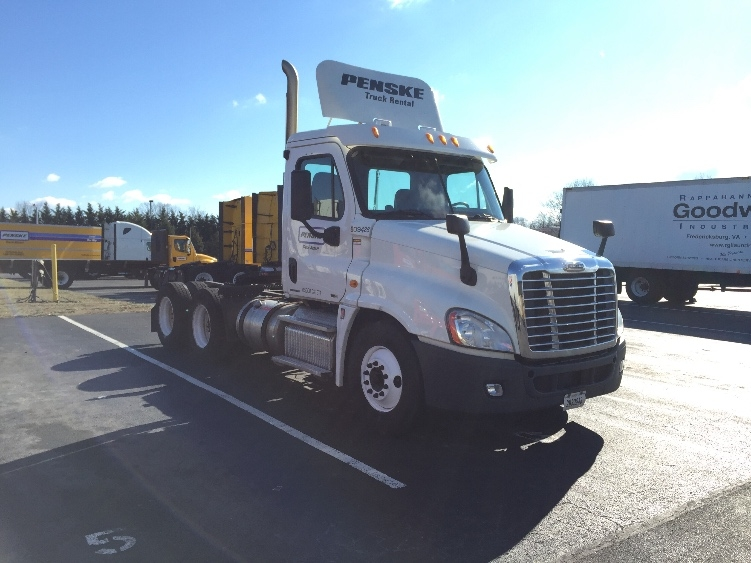 Day Cab Tractor-Heavy Duty Tractors-Freightliner-2012-Cascadia 12564ST-NASHVILLE-TN-343,069 miles-$45,250