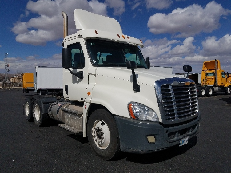 Day Cab Tractor-Heavy Duty Tractors-Freightliner-2012-Cascadia 12564ST-ALBUQUERQUE-NM-627,763 miles-$30,000