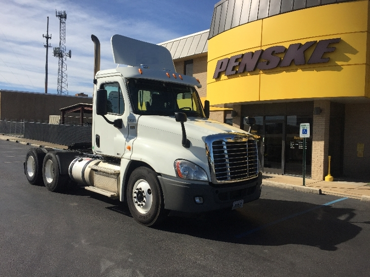 Day Cab Tractor-Heavy Duty Tractors-Freightliner-2012-Cascadia 12564ST-MEMPHIS-TN-337,862 miles-$38,500