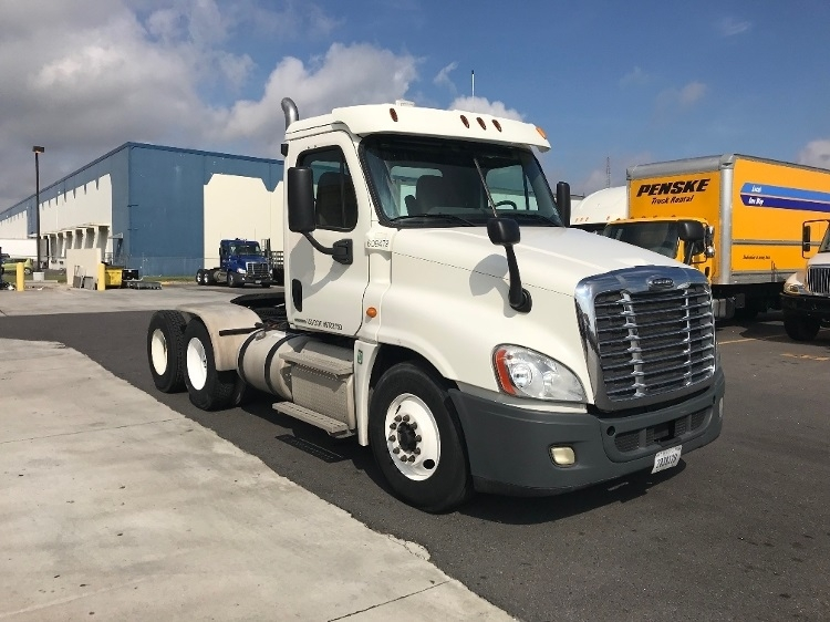 Day Cab Tractor-Heavy Duty Tractors-Freightliner-2012-Cascadia 12564ST-HAMMOND-LA-262,640 miles-$44,750