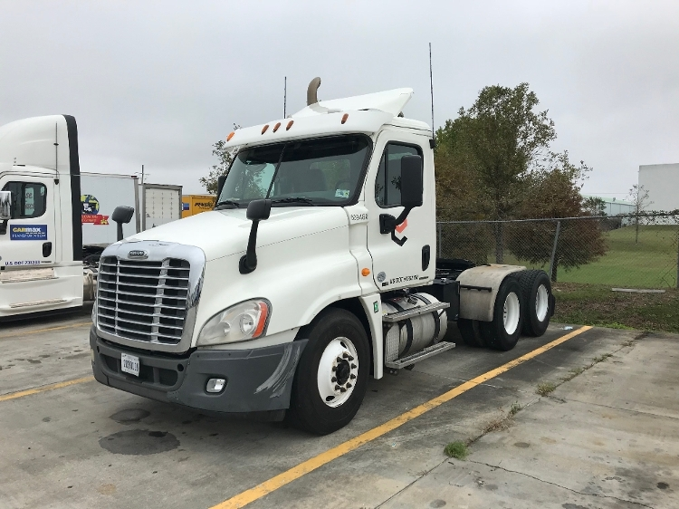 Day Cab Tractor-Heavy Duty Tractors-Freightliner-2012-Cascadia 12564ST-HAMMOND-LA-322,753 miles-$43,250