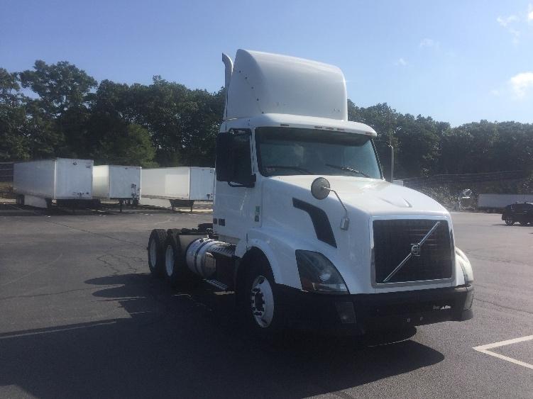 Day Cab Tractor-Heavy Duty Tractors-Volvo-2012-VNL64T300-CRANSTON-RI-409,276 miles-$35,750