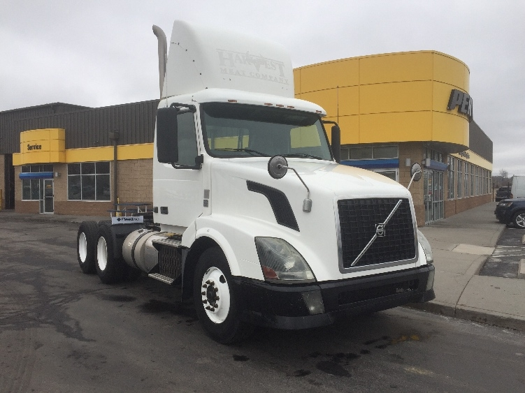 Day Cab Tractor-Heavy Duty Tractors-Volvo-2012-VNL64T300-KANSAS CITY-MO-441,334 miles-$32,750