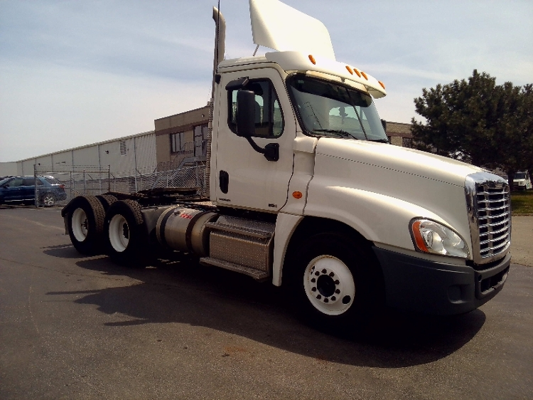 Day Cab Tractor-Heavy Duty Tractors-Freightliner-2011-Cascadia 12564ST-BURLINGTON-ON-284,123 km-$53,750