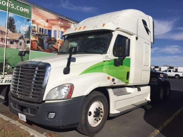 Sleeper Tractor-Heavy Duty Tractors-Freightliner-2012-Cascadia 12564ST-AURORA-CO-773,088 miles-$17,000