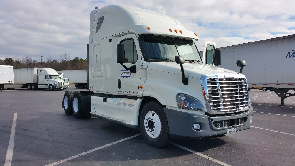 Sleeper Tractor-Heavy Duty Tractors-Freightliner-2012-Cascadia 12564ST-LITTLE ROCK-AR-523,687 miles-$18,500