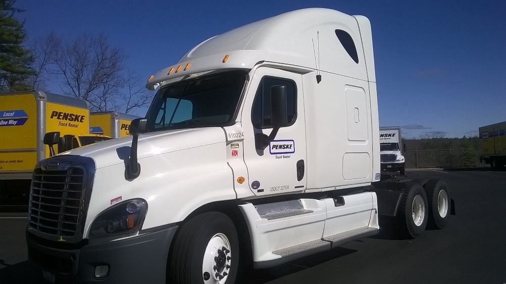 Sleeper Tractor-Heavy Duty Tractors-Freightliner-2012-Cascadia 12564ST-SCARBOROUGH-ME-466,708 miles-$45,000