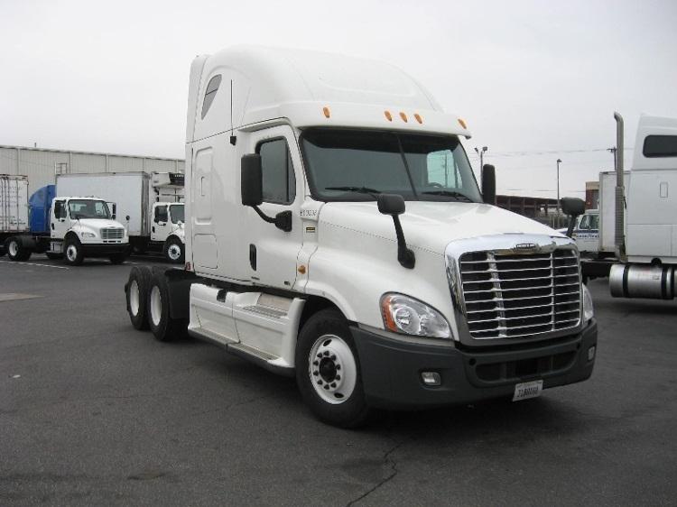 Sleeper Tractor-Heavy Duty Tractors-Freightliner-2012-Cascadia 12564ST-BIRMINGHAM-AL-475,328 miles-$40,250