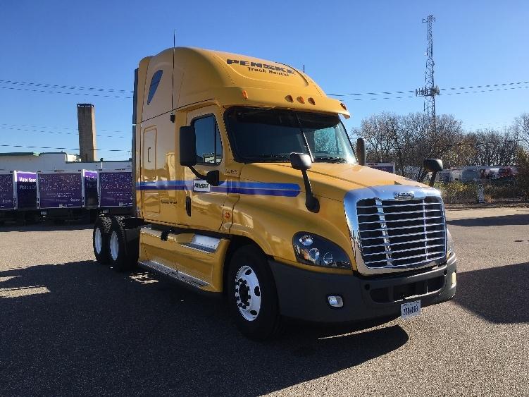 Sleeper Tractor-Heavy Duty Tractors-Freightliner-2012-Cascadia 12564ST-NORTH BERGEN-NJ-563,242 miles-$35,250