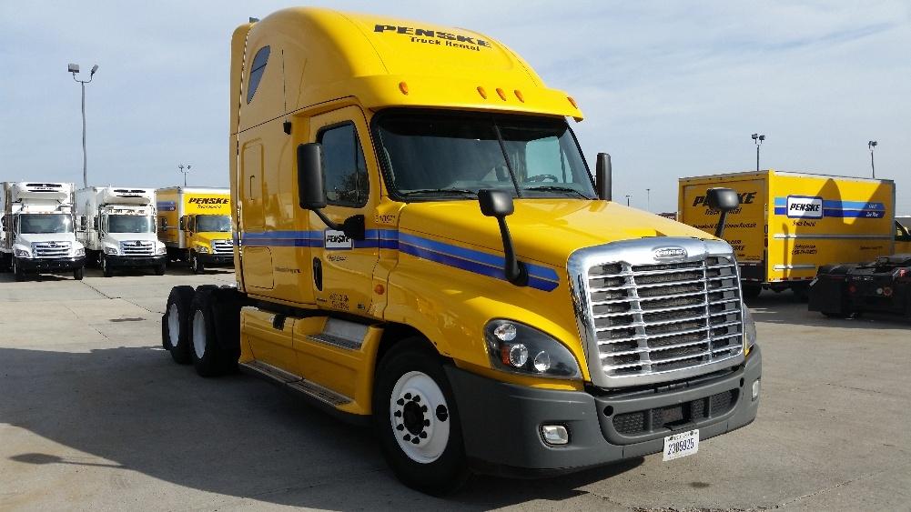 Sleeper Tractor-Heavy Duty Tractors-Freightliner-2012-Cascadia 12564ST-WEST COLUMBIA-SC-719,624 miles-$33,000