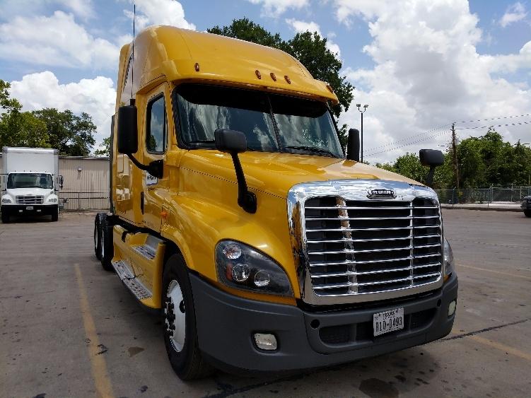 Sleeper Tractor-Heavy Duty Tractors-Freightliner-2012-Cascadia 12564ST-HOUSTON-TX-451,508 miles-$35,750