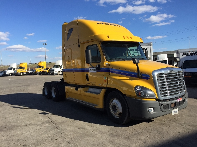 Sleeper Tractor-Heavy Duty Tractors-Freightliner-2012-Cascadia 12564ST-INDIANAPOLIS-IN-584,649 miles-$33,750