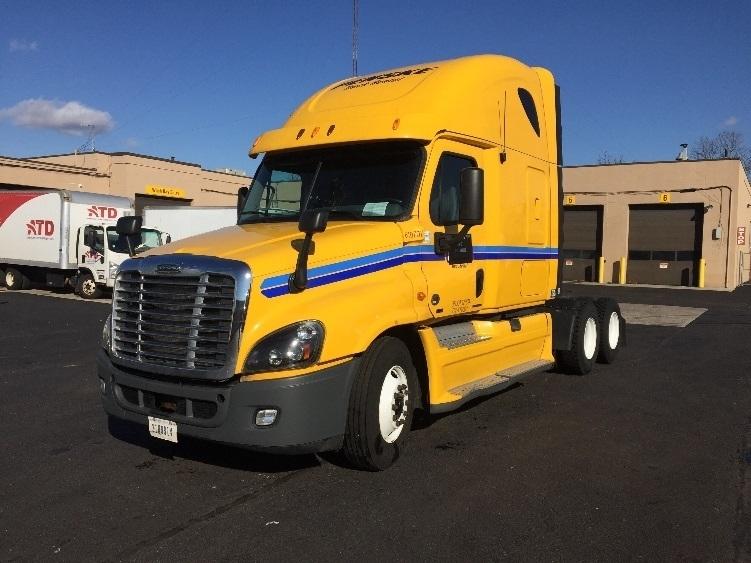 Sleeper Tractor-Heavy Duty Tractors-Freightliner-2012-Cascadia 12564ST-WEST BABYLON-NY-545,611 miles-$35,500