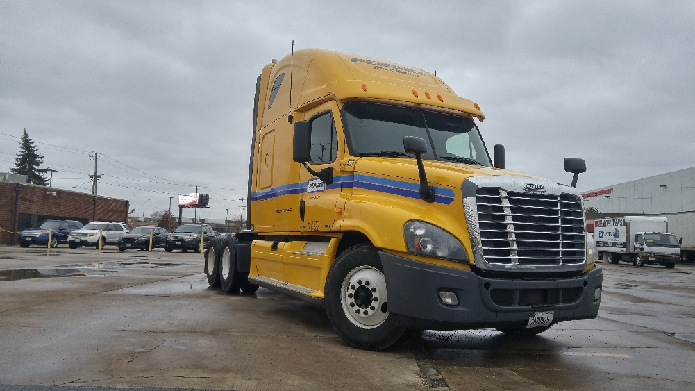 Sleeper Tractor-Heavy Duty Tractors-Freightliner-2012-Cascadia 12564ST-FRANKLIN PARK-IL-537,101 miles-$36,000