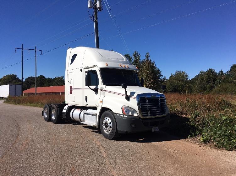 Sleeper Tractor-Heavy Duty Tractors-Freightliner-2012-Cascadia 12564ST-TUSCALOOSA-AL-682,673 miles-$35,000