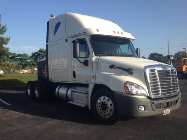 Sleeper Tractor-Heavy Duty Tractors-Freightliner-2012-Cascadia 12564ST-PELL CITY-AL-509,929 miles-$40,750