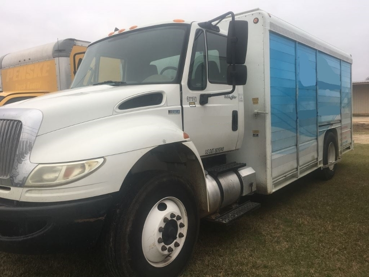Beverage Truck-Light and Medium Duty Trucks-International-2012-4300-DOTHAN-AL-150,284 miles-$8,000