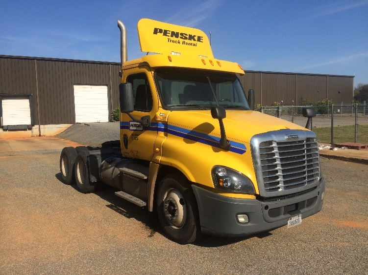 Day Cab Tractor-Heavy Duty Tractors-Freightliner-2012-Cascadia 12564ST-SPARTANBURG-SC-440,077 miles-$36,500