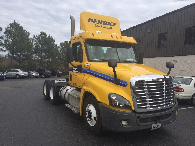 Day Cab Tractor-Heavy Duty Tractors-Freightliner-2012-Cascadia 12564ST-MEBANE-NC-266,456 miles-$44,500