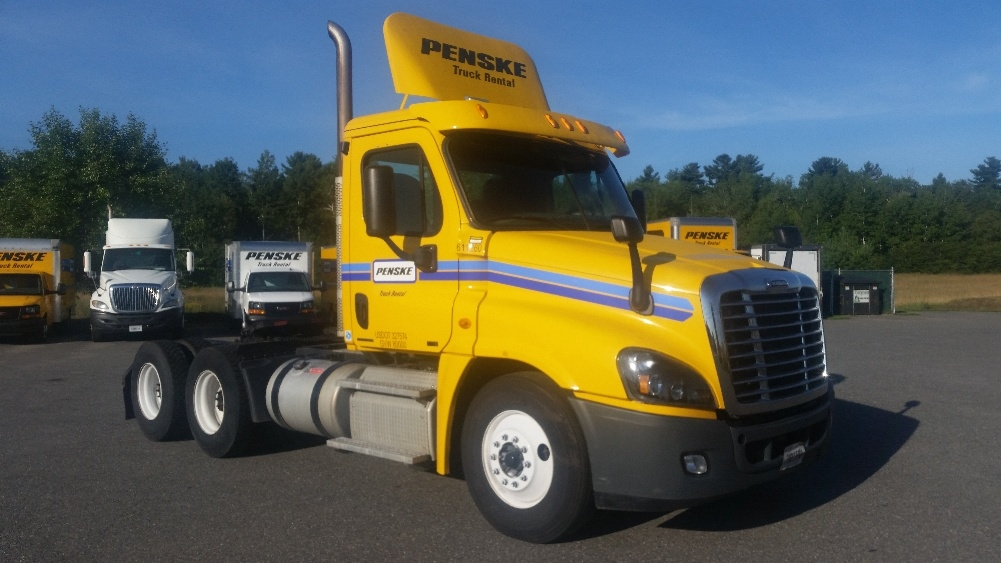 Day Cab Tractor-Heavy Duty Tractors-Freightliner-2012-Cascadia 12564ST-SCARBOROUGH-ME-291,362 miles-$44,750