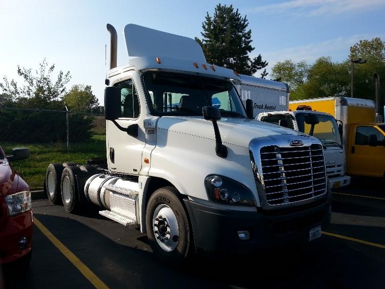 Day Cab Tractor-Heavy Duty Tractors-Freightliner-2012-Cascadia 12564ST-LENEXA-KS-407,666 miles-$45,500