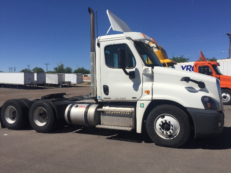 Day Cab Tractor-Heavy Duty Tractors-Freightliner-2012-Cascadia 12564ST-ALBUQUERQUE-NM-349,222 miles-$38,750