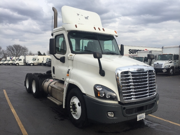 Day Cab Tractor-Heavy Duty Tractors-Freightliner-2012-Cascadia 12564ST-TULSA-OK-406,011 miles-$38,000