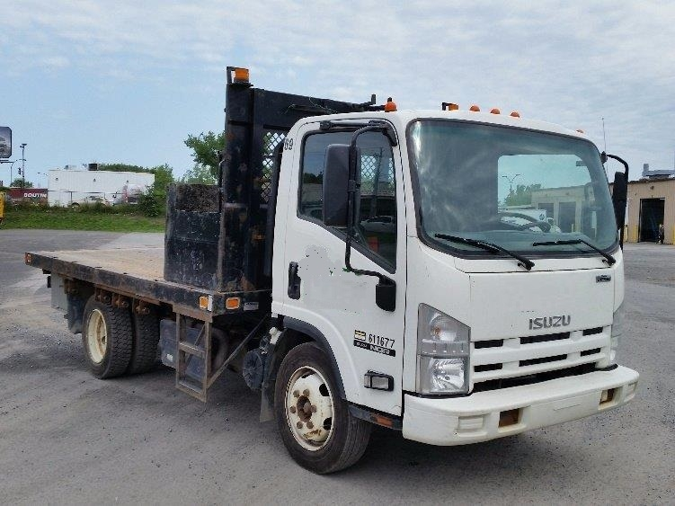 Flatbed Truck-Light and Medium Duty Trucks-Isuzu-2011-NQR-MONTREAL-PQ-162,215 km-$23,000