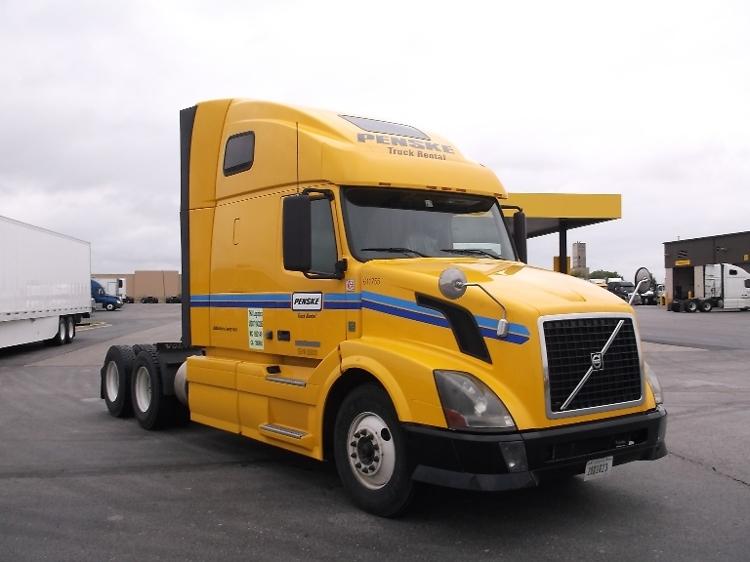 Sleeper Tractor-Heavy Duty Tractors-Volvo-2012-VNL64T670-FORT WORTH-TX-631,085 miles-$30,500