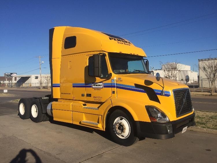 Sleeper Tractor-Heavy Duty Tractors-Volvo-2012-VNL64T670-OKLAHOMA CITY-OK-517,531 miles-$33,000