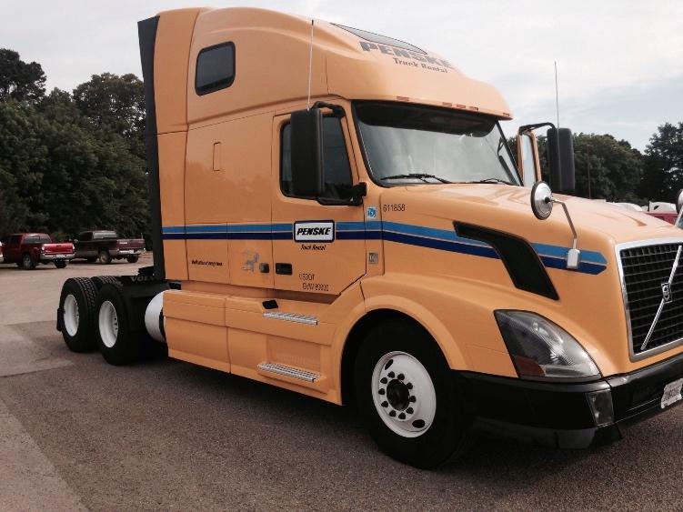 Sleeper Tractor-Heavy Duty Tractors-Volvo-2012-VNL64T670-BELDEN-MS-515,494 miles-$33,000