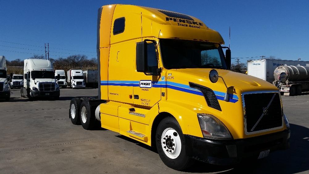 Sleeper Tractor-Heavy Duty Tractors-Volvo-2012-VNL64T670-LUBBOCK-TX-542,094 miles-$33,000