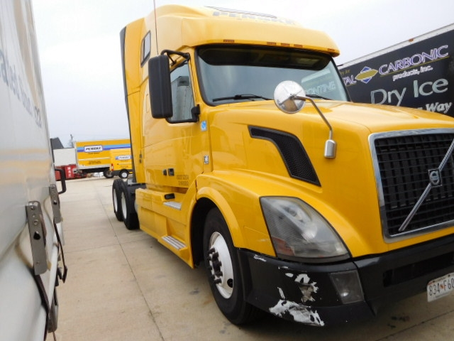 Sleeper Tractor-Heavy Duty Tractors-Volvo-2012-VNL64T670-CAPITOL HEIGHTS-MD-487,027 miles-$34,750