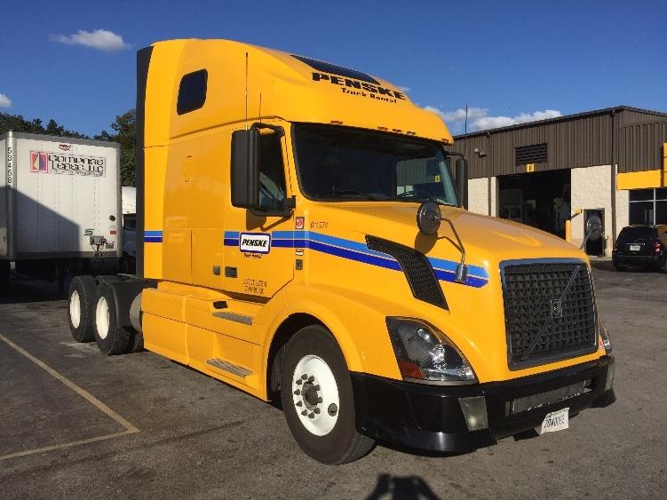 Sleeper Tractor-Heavy Duty Tractors-Volvo-2012-VNL64T670-LAKELAND-FL-478,658 miles-$35,250