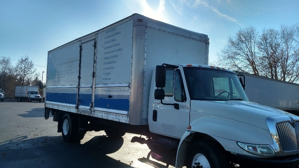 Medium Duty Box Truck-Light and Medium Duty Trucks-International-2012-4300-NEW CASTLE-DE-151,990 miles-$24,750