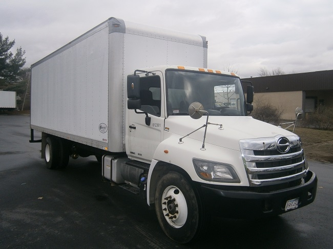 Medium Duty Box Truck-Light and Medium Duty Trucks-Hino-2014-268-HUDSON-NH-189,739 miles-$33,750