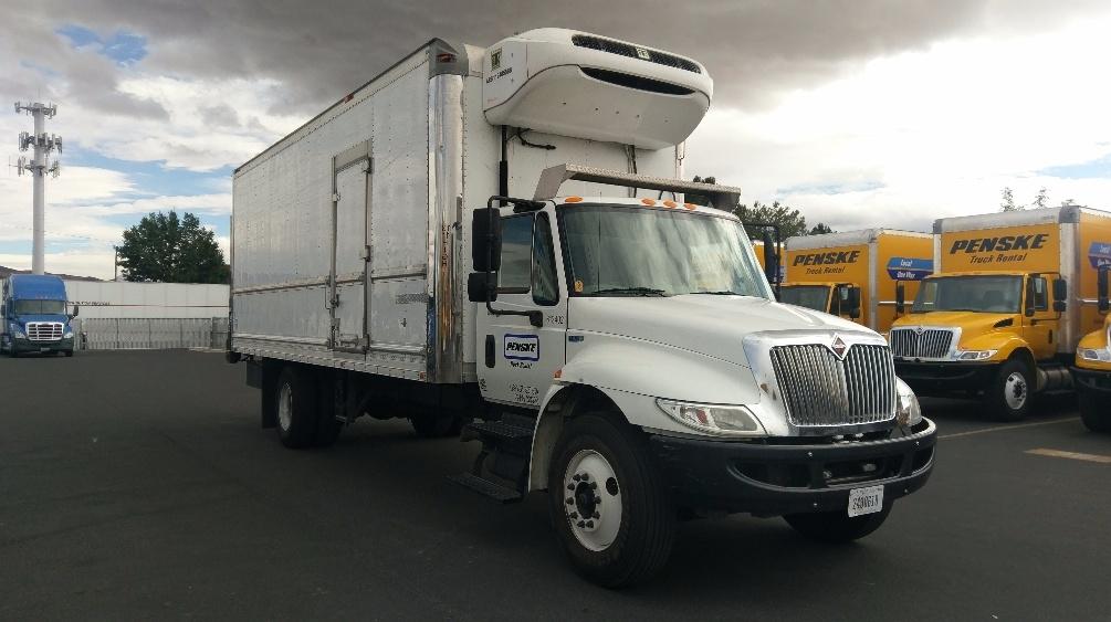 Reefer Truck-Light and Medium Duty Trucks-International-2012-4300-STOCKTON-CA-205,957 miles-$33,250