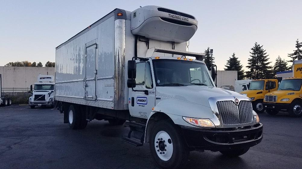 Reefer Truck-Light and Medium Duty Trucks-International-2012-4300-TUKWILA-WA-135,886 miles-$43,250