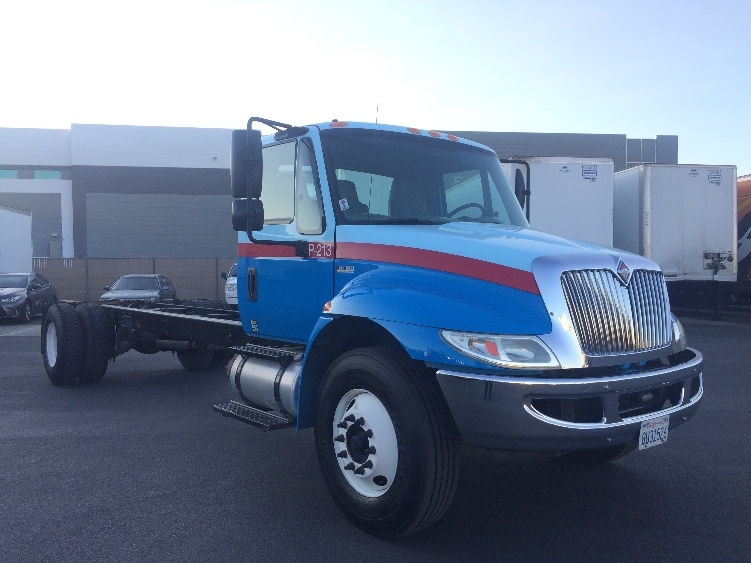 Cab and Chassis Truck-Light and Medium Duty Trucks-International-2012-4300-SUN VALLEY-CA-128,340 miles-$25,750