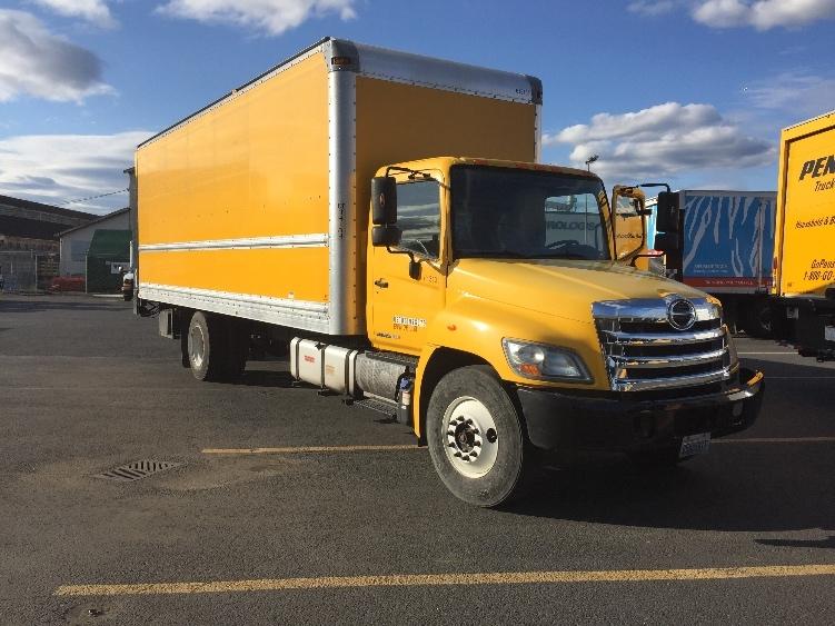 Medium Duty Box Truck-Light and Medium Duty Trucks-Hino-2012-268-SEATTLE-WA-117,793 miles-$43,250