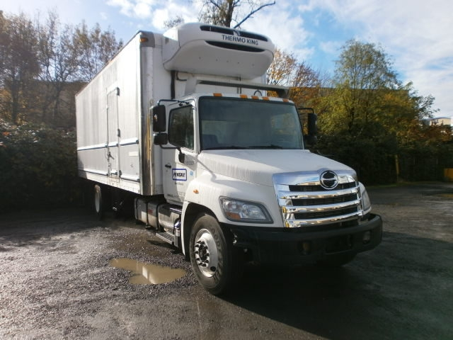 Reefer Truck-Light and Medium Duty Trucks-Hino-2012-268-PORTLAND-OR-128,447 miles-$57,250
