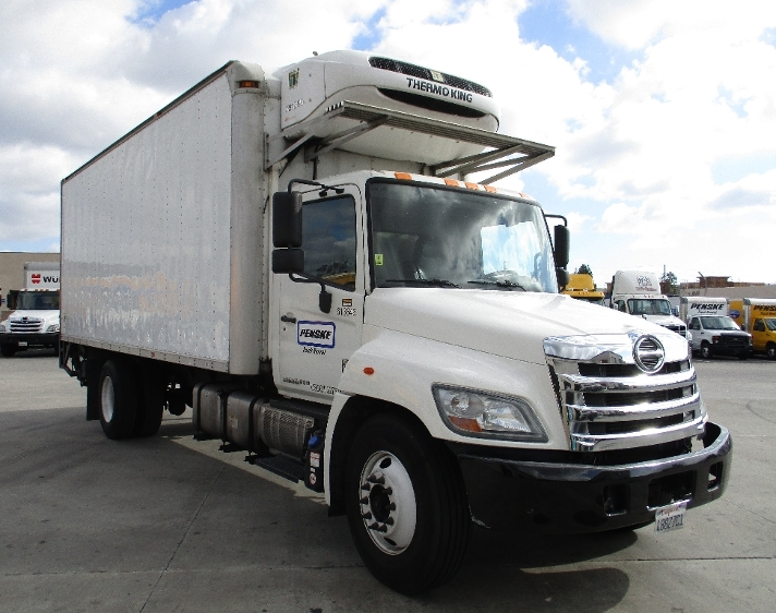 Reefer Truck-Light and Medium Duty Trucks-Hino-2012-338-TORRANCE-CA-215,816 miles-$33,000