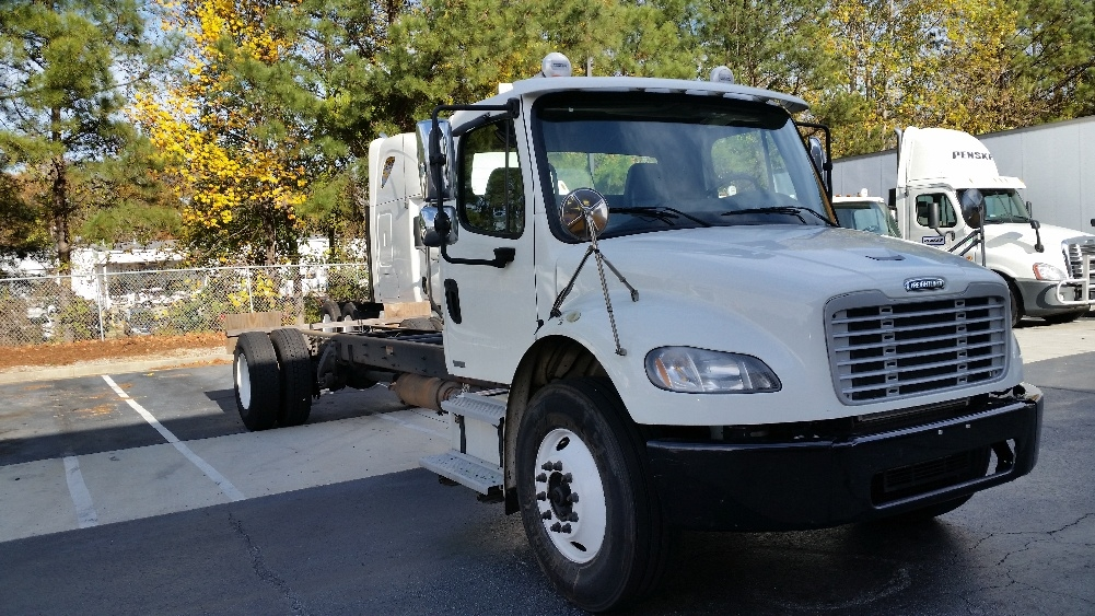 Cab and Chassis Truck-Light and Medium Duty Trucks-Freightliner-2012-M2-CONYERS-GA-313,504 miles-$23,750