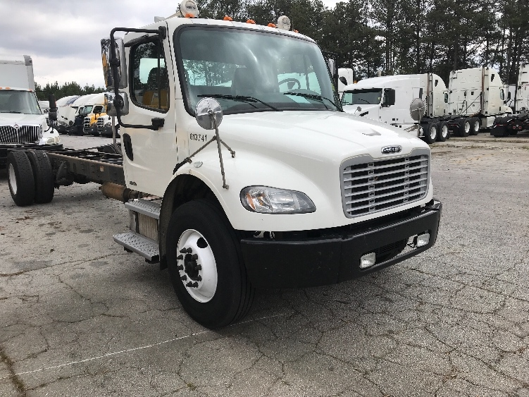 Cab and Chassis Truck-Light and Medium Duty Trucks-Freightliner-2012-M2-CONYERS-GA-481,999 miles-$23,250