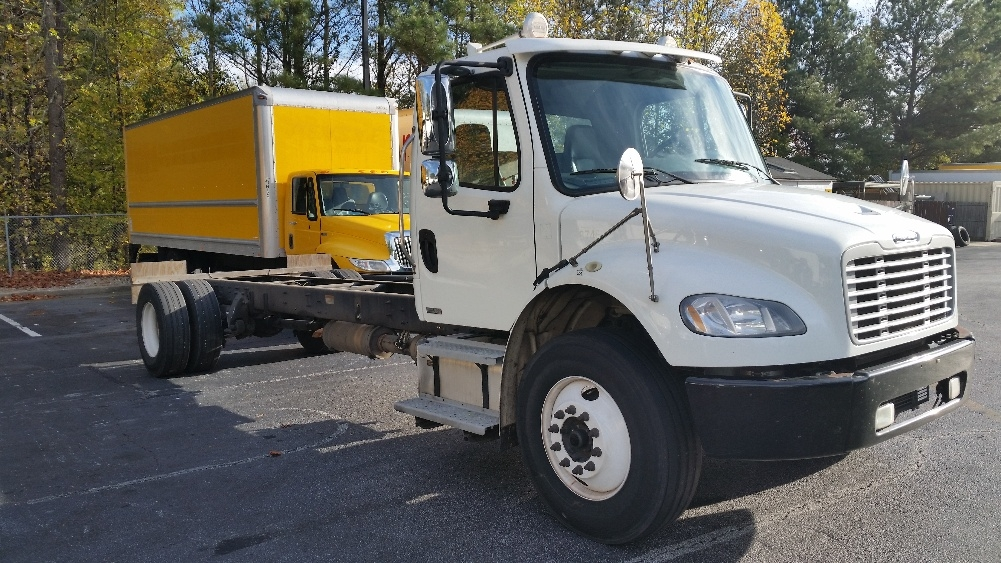 Cab and Chassis Truck-Light and Medium Duty Trucks-Freightliner-2012-M2-CONYERS-GA-449,583 miles-$23,750