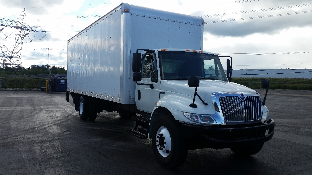 Medium Duty Box Truck-Light and Medium Duty Trucks-International-2012-4300-STE-FOY-PQ-119,690 km-$33,500