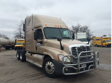 Sleeper Tractor-Heavy Duty Tractors-Freightliner-2012-Cascadia 12564ST-EAGAN-MN-628,234 miles-$38,250