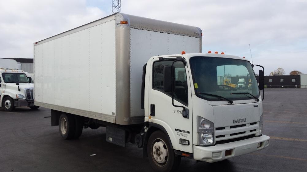 Medium Duty Box Truck-Light and Medium Duty Trucks-Isuzu-2011-NQR-SAINT LAURENT-PQ-166,074 km-$25,250