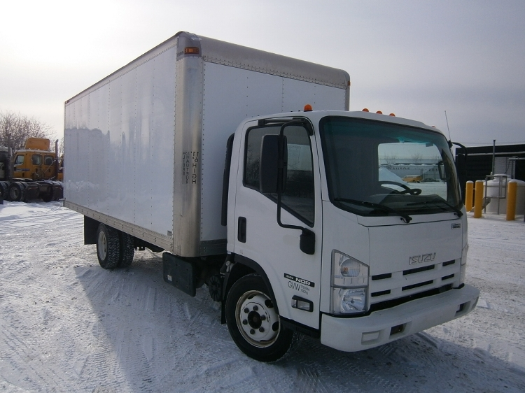 Medium Duty Box Truck-Light and Medium Duty Trucks-Isuzu-2011-NQR-STE-FOY-PQ-127,254 km-$22,500